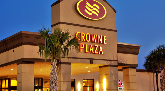 Crowne Plaza Hotel & Suites